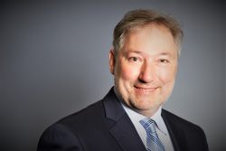 Prof. Dr. Christoph Schalast : Vorsitzender des Beirats